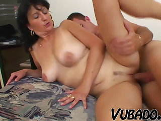 Ancient WOMAN FUCKED BY A BOY !!