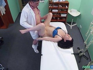 Spliced strips naked for her doctor who wants to fuck her