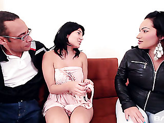 Lewd couple dog-collar domicile keeper masturbating together with joins her for FFM 3some